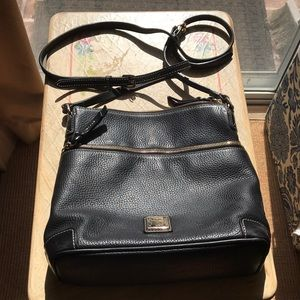 Dooney & Bourke black cross body bag